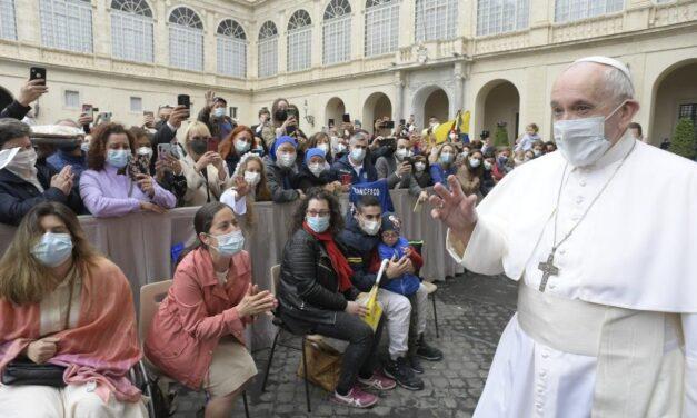 Папа: Наші «чому?», що зринають в періоди труднощів – це також молитва