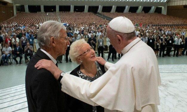 Молитва на перший Всесвітній день дідусів, бабусь і похилих віком