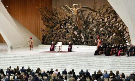 Папа: католицький означає універсальний